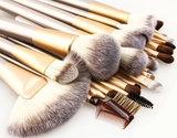 Set van 24 make-up kwasten beige goud_