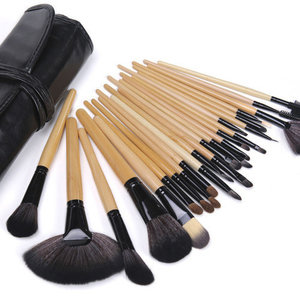 Set van 24 make-up kwasten